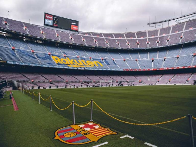 camp nou private tour english speaking guide
